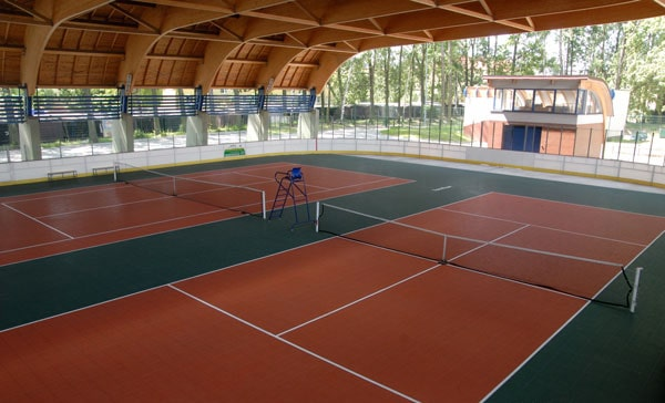 indoor tennis court photo