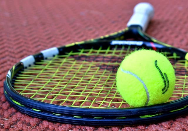 some important benefits why tennis is good for you