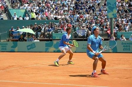 tennis doubles on clay